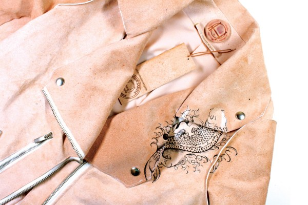 pure-human-tina-gorjanc-central-saint-martins-material-futures-fashion-design-leather_dezeen_936_13 (1)