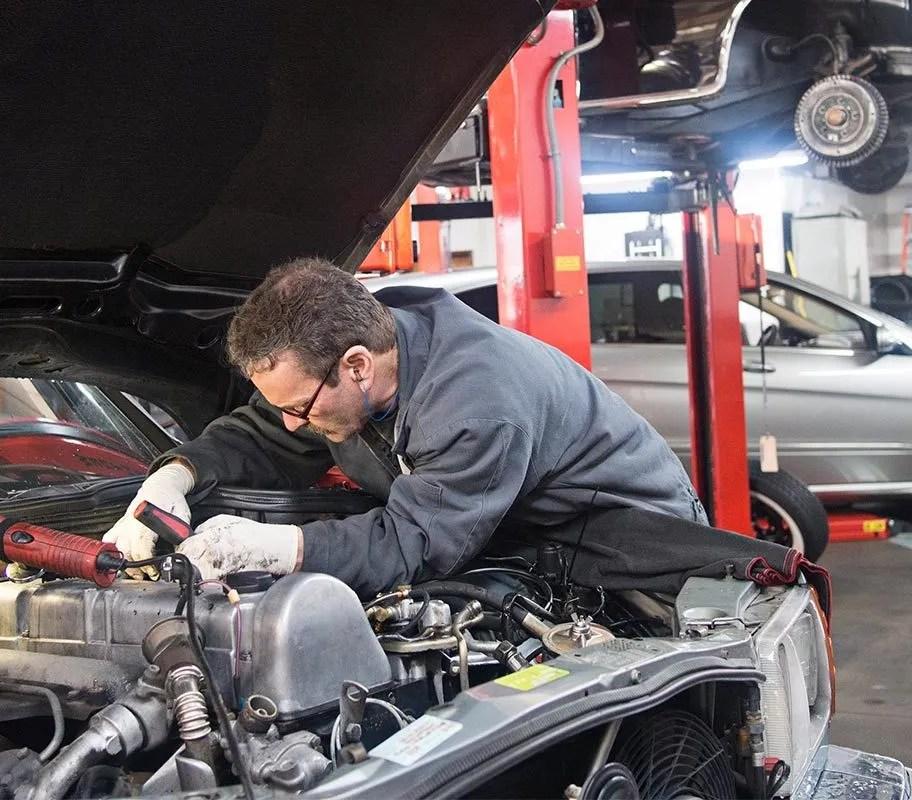 AAA survey American drivers don\u0027t trust car repair shops