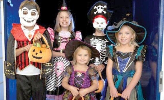 Halloween  ( Noć veštica) - Page 13 %D0%BD%D0%BE%D1%9B-%D0%B2%D0%B5%D1%88%D1%82%D0%B8%D1%86%D0%B0-1