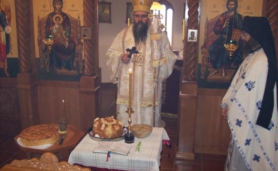 Vladika Maksim u Badovincima na Svetog Simeona Mirotočivog 2016