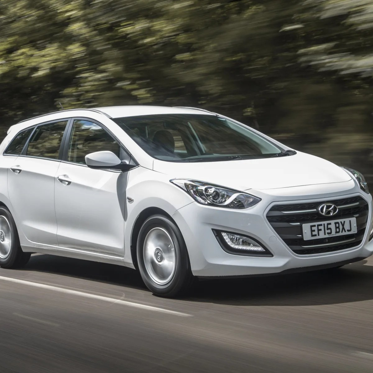 Hyundai I30 Wagon Interieur 2015 Hyundai I30 Tourer Series Ii Pricing And Specifications