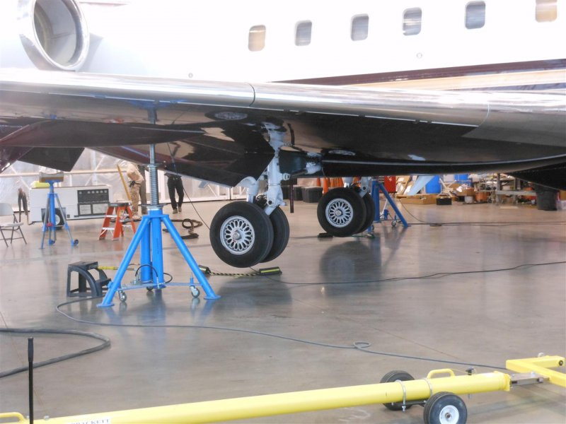 Aircraftscales - (Images) - how would you weigh a plane without scales