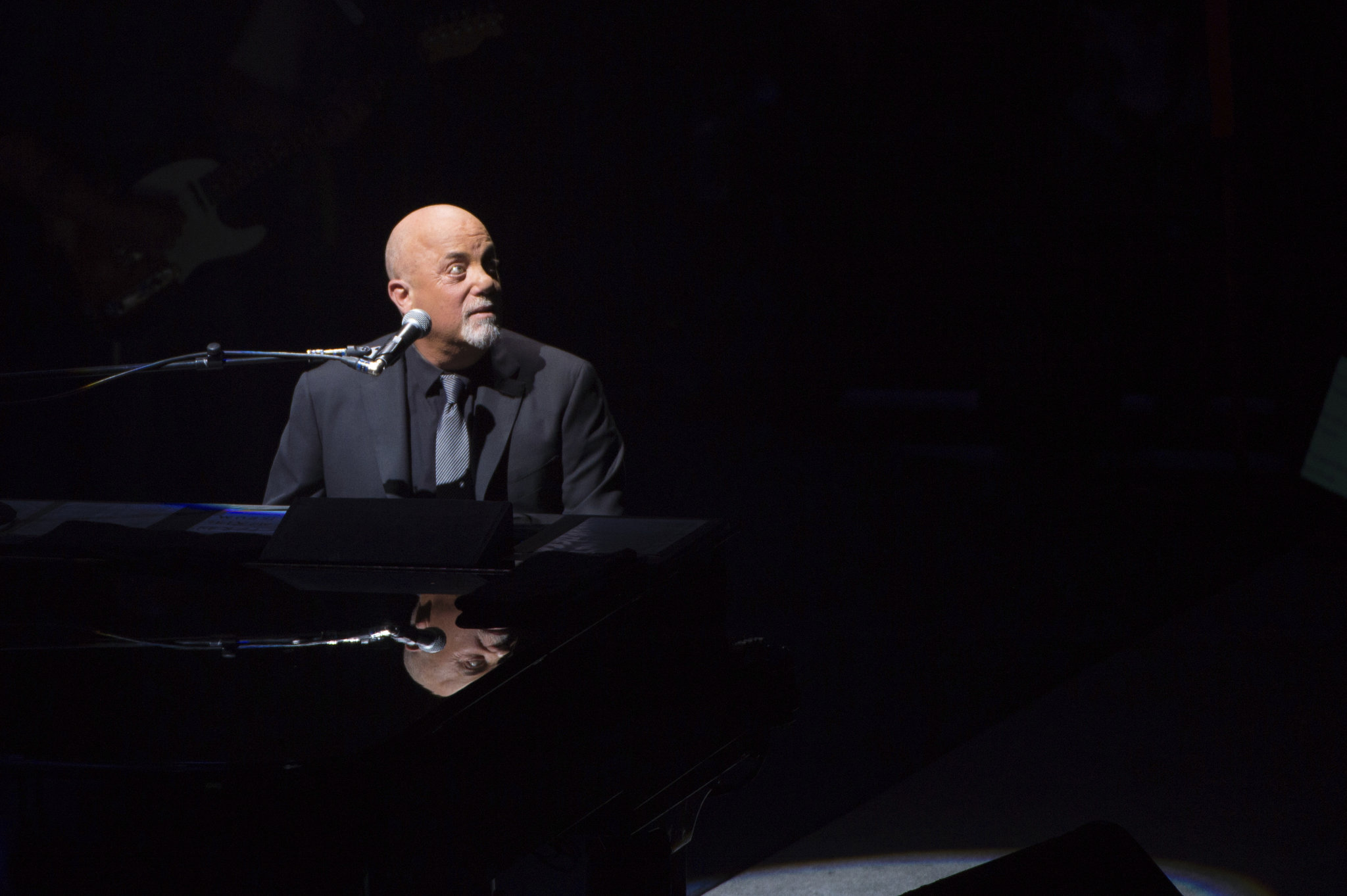 Billy Joel Piano Man Ohio Family Counting The Hours To Deportation Cleveland