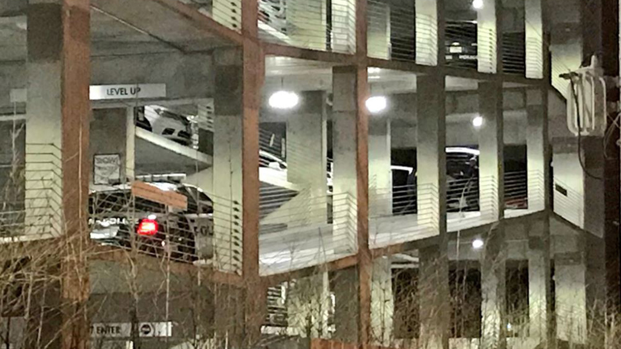 Garage Apartment In Houston Man Found Shot To Death In Parking Garage At West Houston