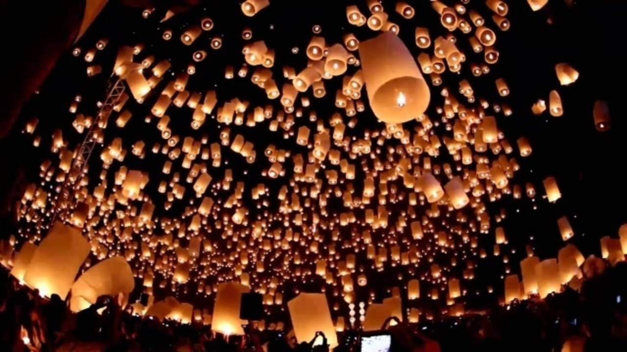 Paper Lanterns Melbourne Sky Lanterns Threaten Public Safety Officials Say