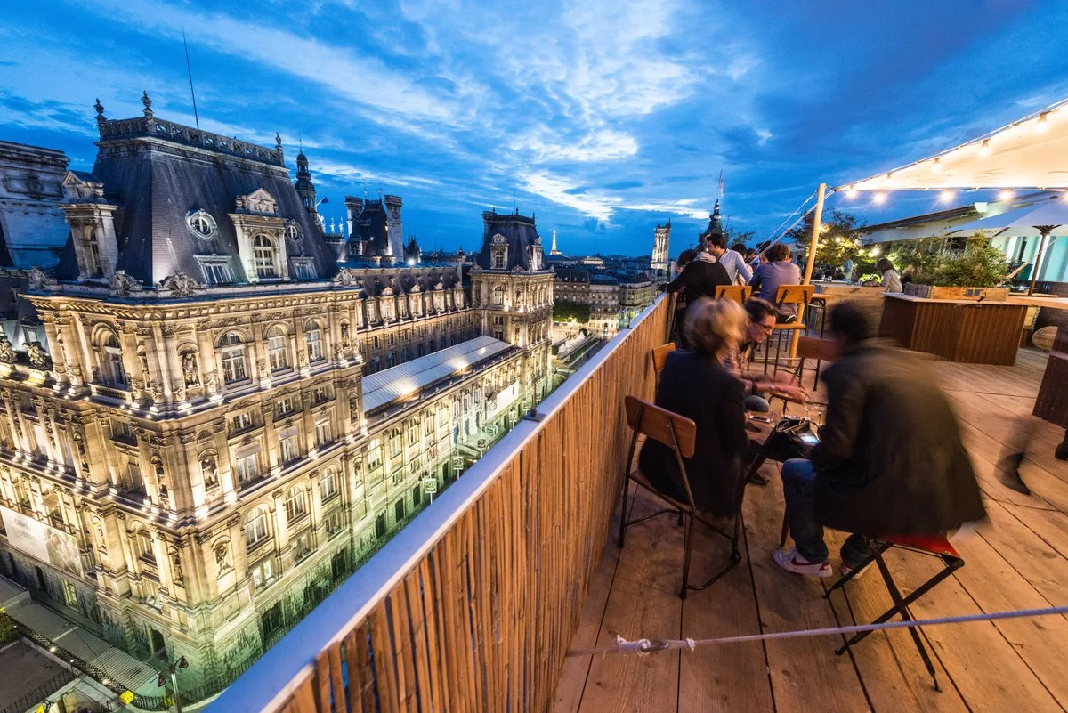 Toit Terrasse Paris Restaurant Paris Hotels And Restaurants With Amazing Views - Condé