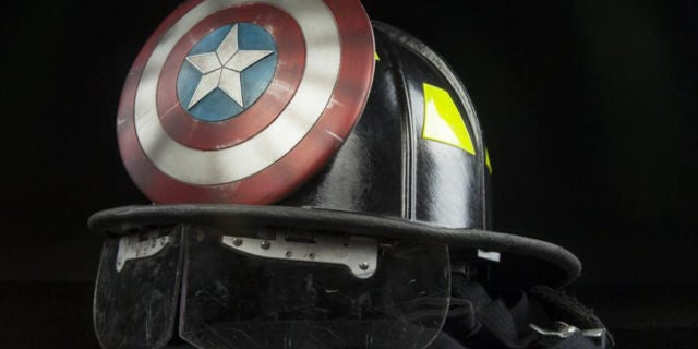 Star Wars Wallpaper Pc Hd Marvel Superhero Firefighter Helmets To Be Auctioned Off