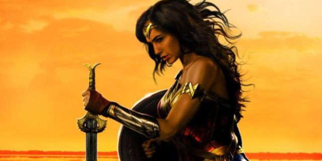 Supergirl Hd Wallpapers 1080p Gal Gadot Reveals New Wonder Woman Poster