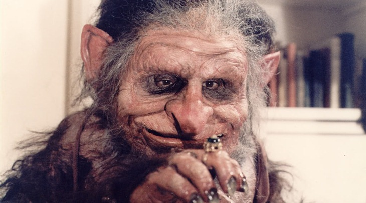 Starring Madonna without make-up as a DOTA troll