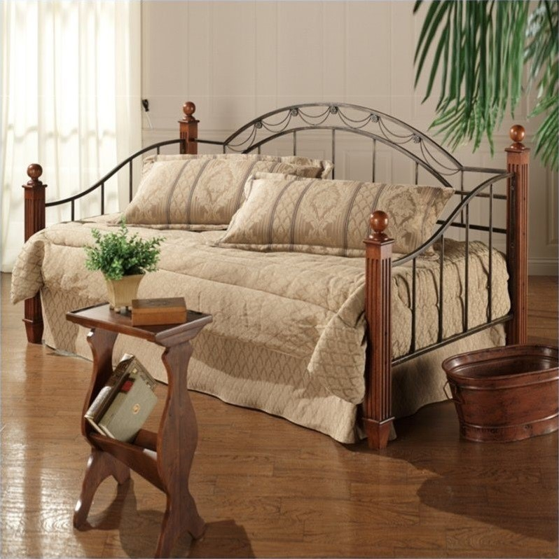 Hillsdale Camelot Wood And Metal Daybed In Cherry