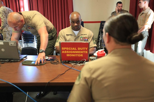 Marine Corps Embassy Security Group screens Pendleton Marines