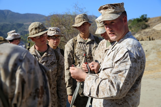 Combat Instructors teach Marines art of war \u003e Marine Corps Base Camp - marines infantry assaultman