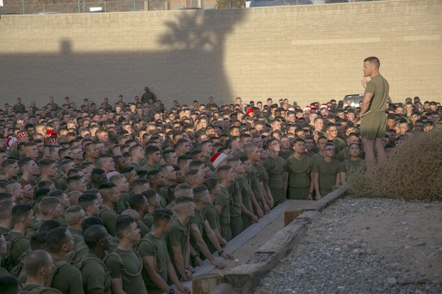 Marines run to donate Toys for Tots \u003e Marine Corps Air Ground Combat