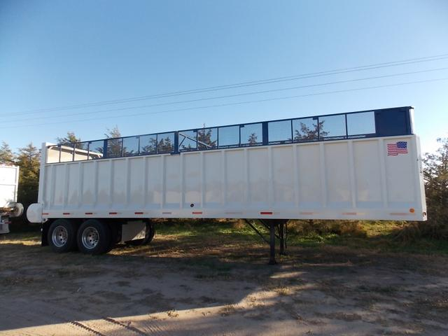 2013 Aeroswint Steel Chain Floor With Silage Racks