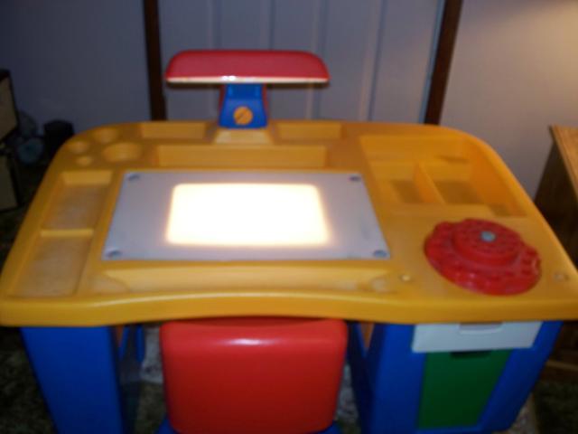 Little Tikes Light Up Desk With Swivel Chair Nex Tech