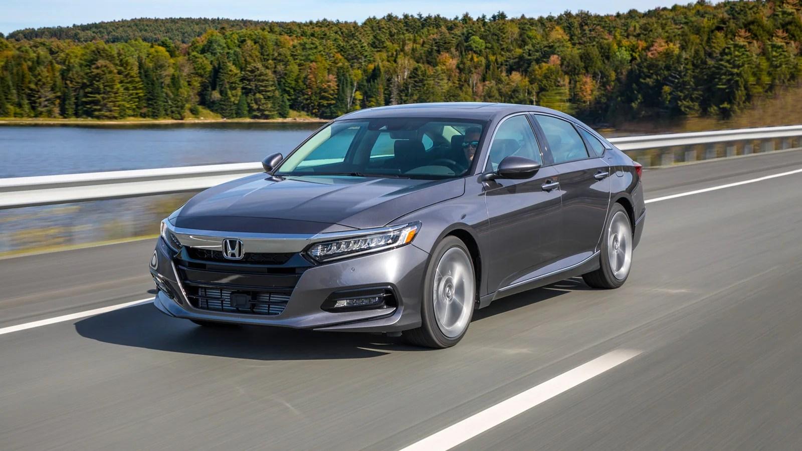 Hybrid Car Lineup Wallpaper 2018 2018 Honda Accord Review Amp Ratings Edmunds