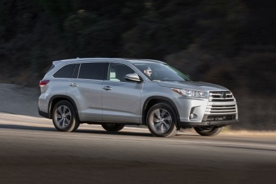 2017 Toyota Highlander SUV Pricing & Features | Edmunds