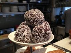 Stora chokladbollar