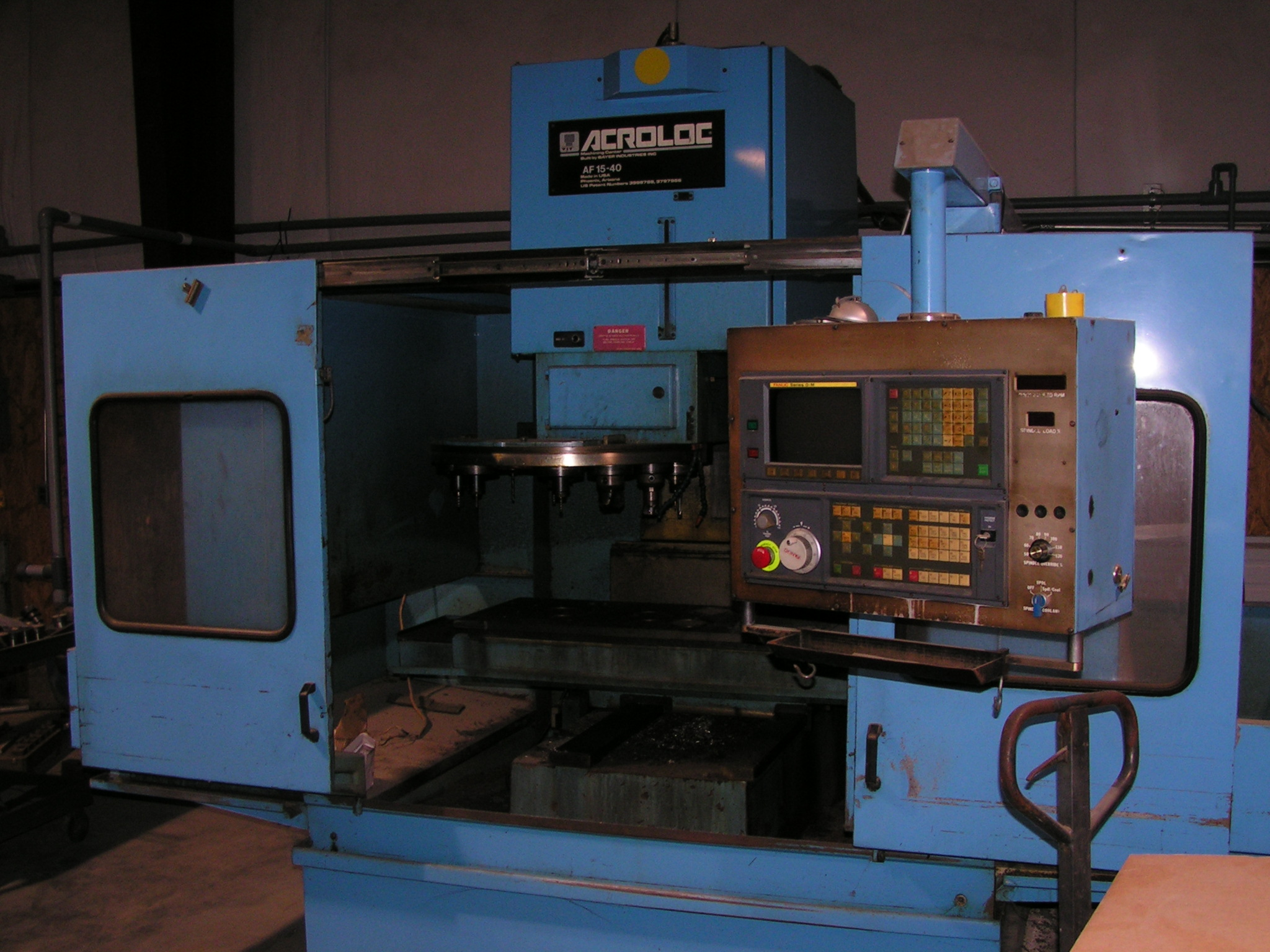 15*40 Used Acroloc Af 15 40 Omc Vertical Machining Center Exapro