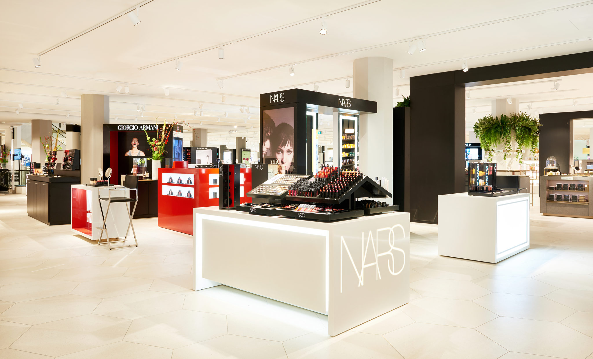 Sale Bijenkorf De Bijenkorf Utrecht Opens Renovated Cosmetics Department News
