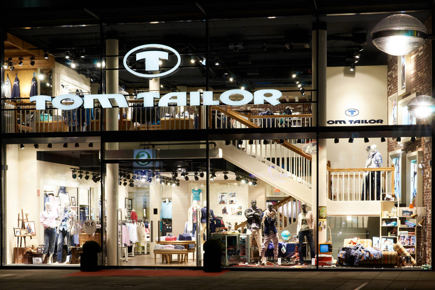 Www Tom Tailor Tom Tailor Issues Profit Warning Considers Bonita Sale News