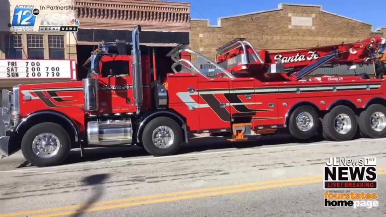 Tow Truck Joplin Based Tow Truck Driver Killed On I 44 This Week Is Laid To Rest