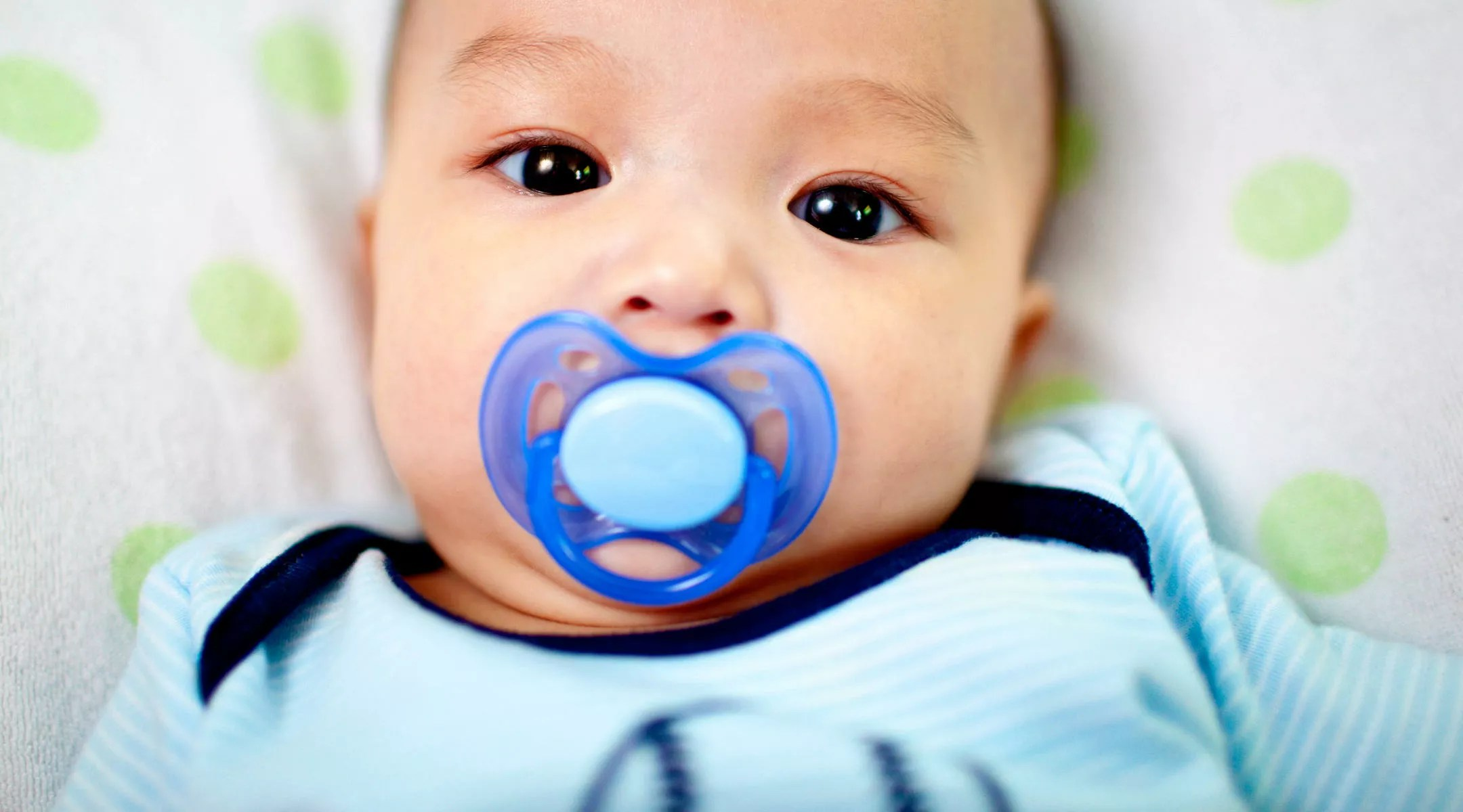 Newborn Babies For Dummies Pros And Cons Of Pacifier Use