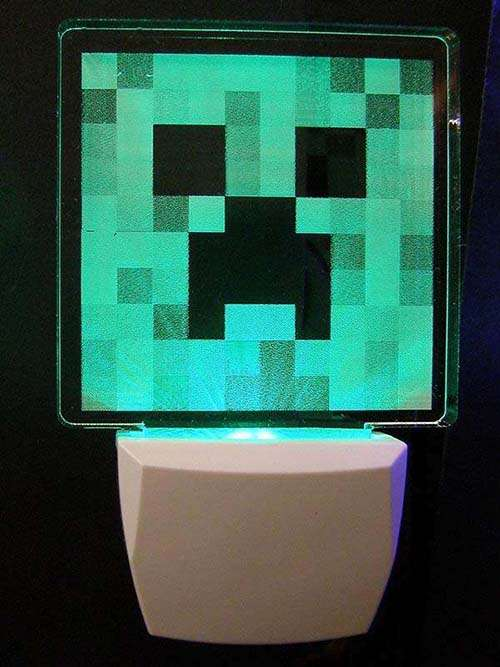 Craft Room Minecraft Creeper Night Light | Gadgetsin