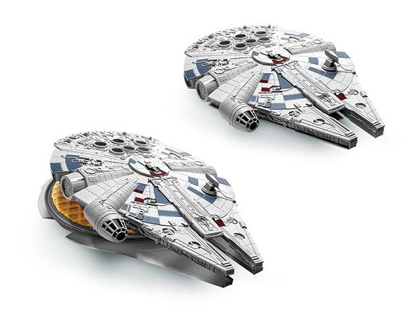 Replika Watch Star Wars Millennium Falcon Waffle Maker | Gadgetsin