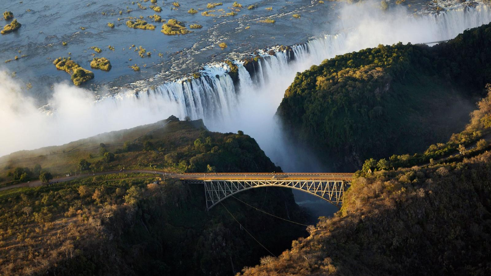 Victoria Falls Wallpaper Delta Amp Falls Discoverer In Botswana Africa G Adventures
