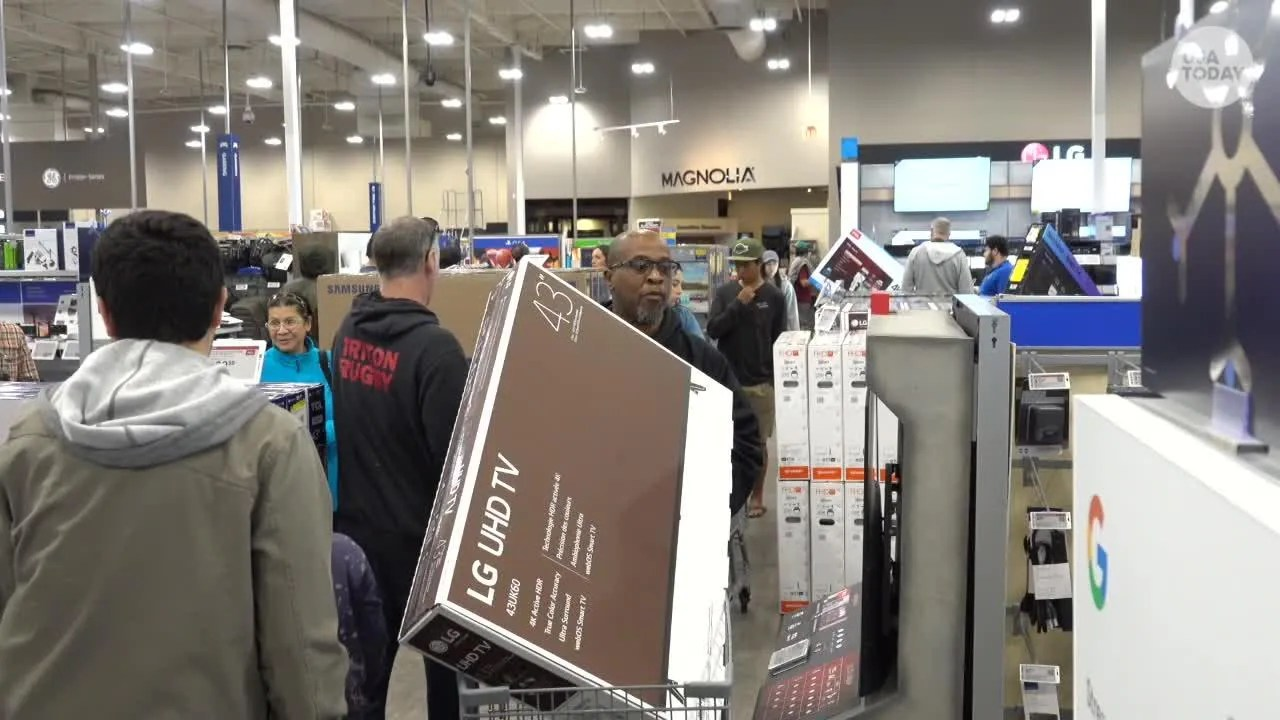 Buy A Tv Black Friday Best Buy Shoppers On The Hunt For Tv Bargains