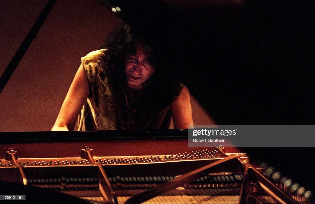 Mitsuko-Uchida-plays-and-conducts-Mozart-Piano-Concerto-No-20 Mitsuko Uchida Beethoven Piano Concerto