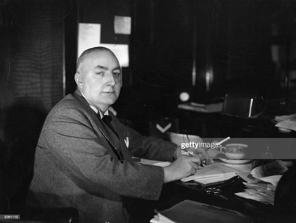 Best Modern Uk Crime Writers Edgar Wallace British Crime Writer Born On This Day