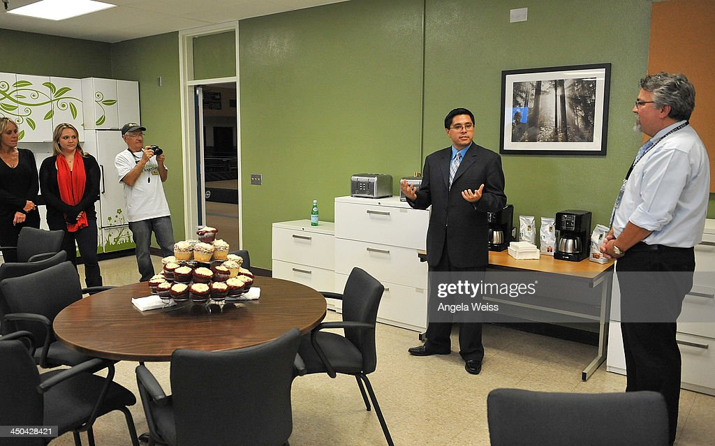 Alfonso Mendoza Stock Photos And Pictures | Getty Images