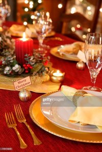 Holiday Elegant Christmas Table Setting With Crystal Red ...