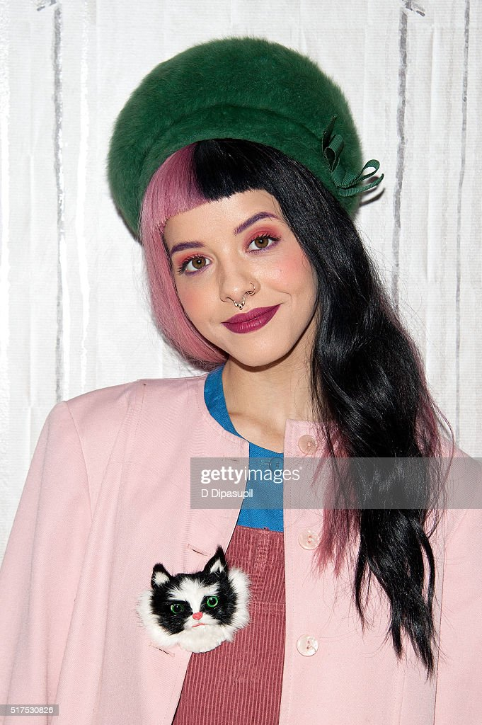Cute Baby Cry Wallpaper Melanie Martinez Stock Photos And Pictures Getty Images
