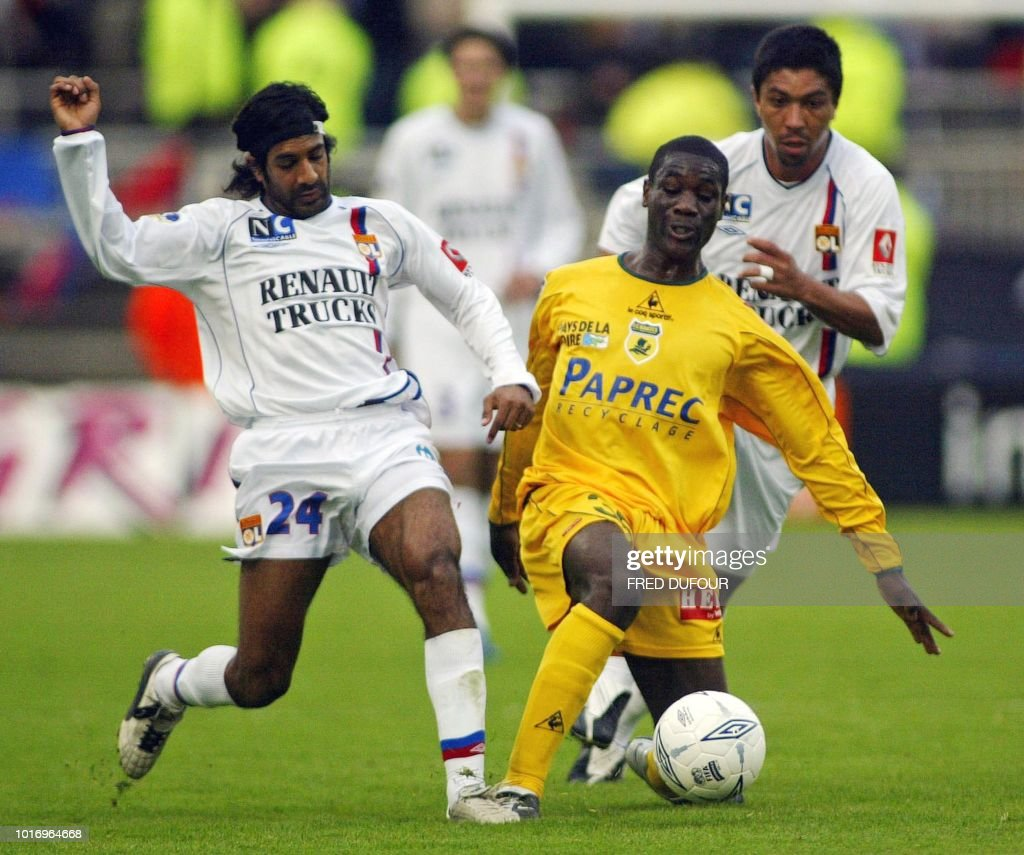 Lyon Nantes Nantes Forward Of Gabon Shiva Star N Zigou Fights For The Ball