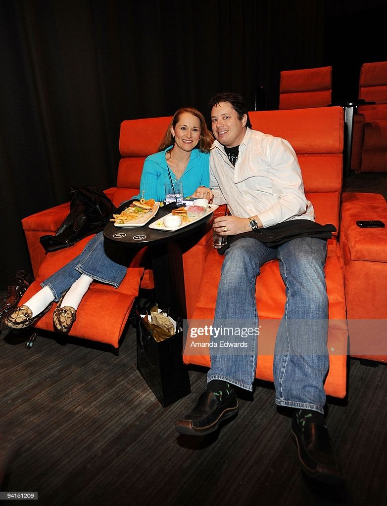 Allison Dubois Libros Psychic Medium Allison Dubois And Her Husband Joe Attend A Private