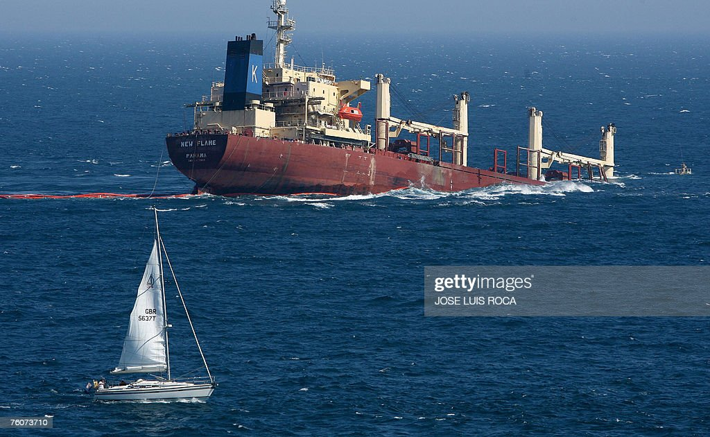 Sinking Stock Photos And Pictures Getty Images