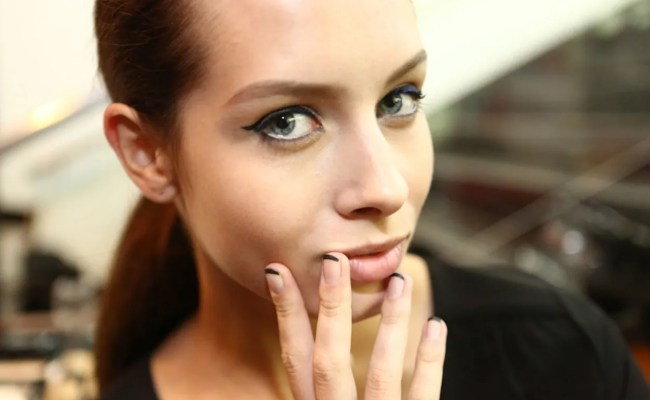 15 Nail Polish Ideas To Try If You Re Over Nail Art Glamour