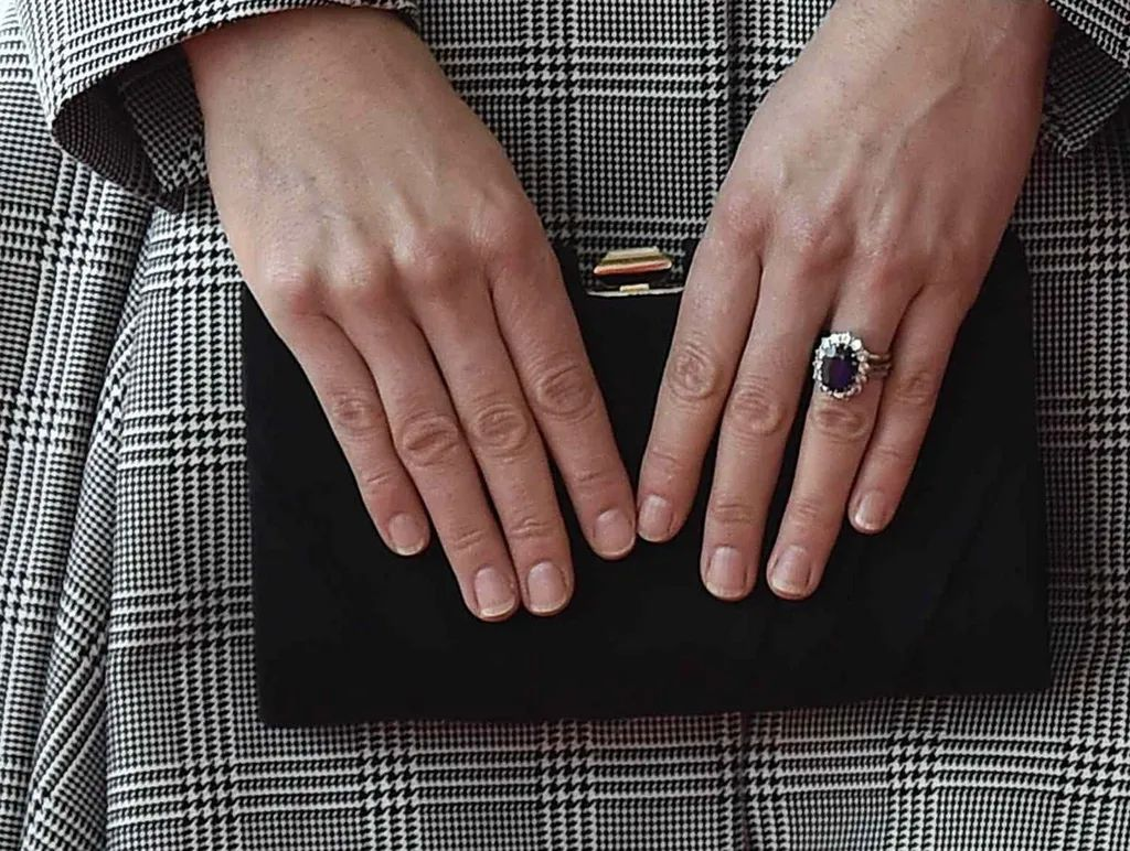 wedding and engagement rings princess kate wedding ring Kate Middleton Engagement Wedding Rings Zoom Download