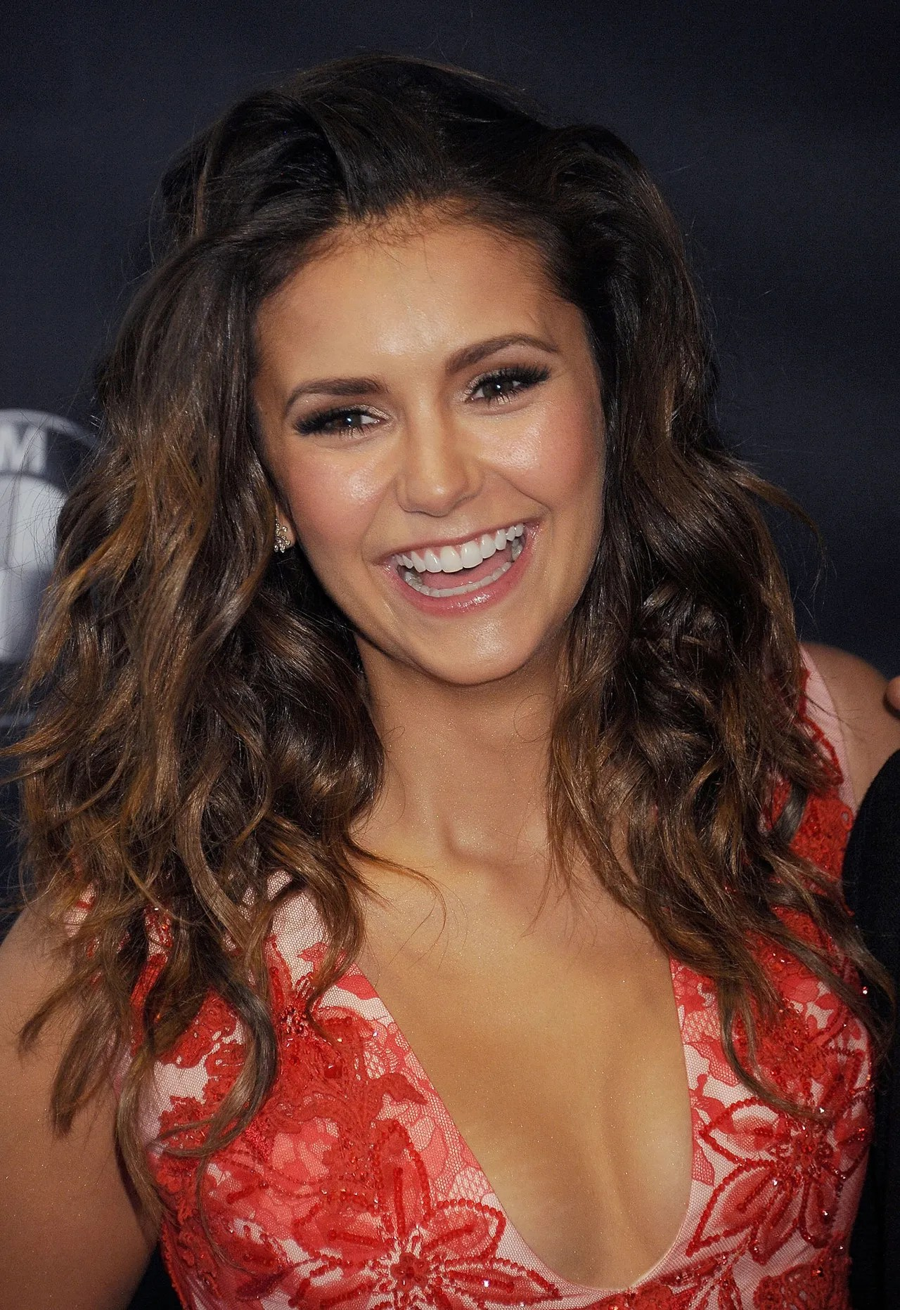 Cute Wallpaper For Summer Three Nina Dobrev Approved Hairstyles That Stand Up To