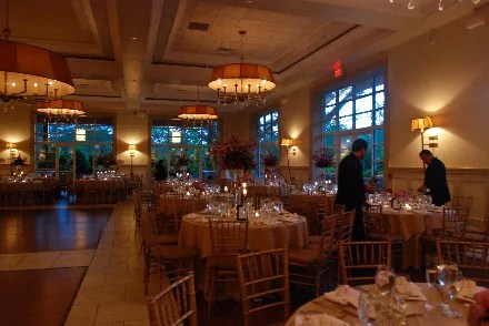 Pros and Cons to Reception Table Shapes Glamour - wedding reception setup with rectangular tables