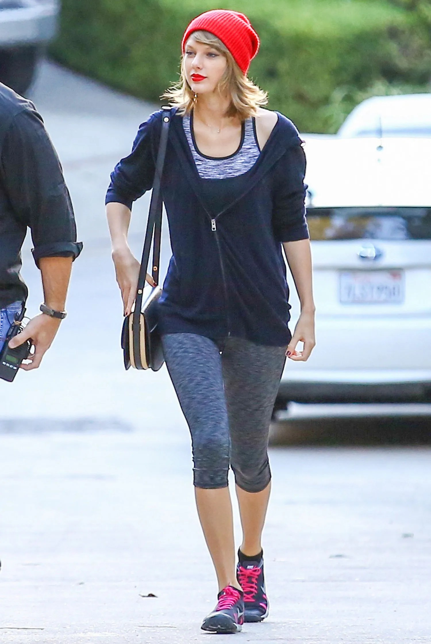 Cute Wallpapers For 12 Year Olds Taylor Swift S Chic Athleisure Style Is Giving Us Fitness
