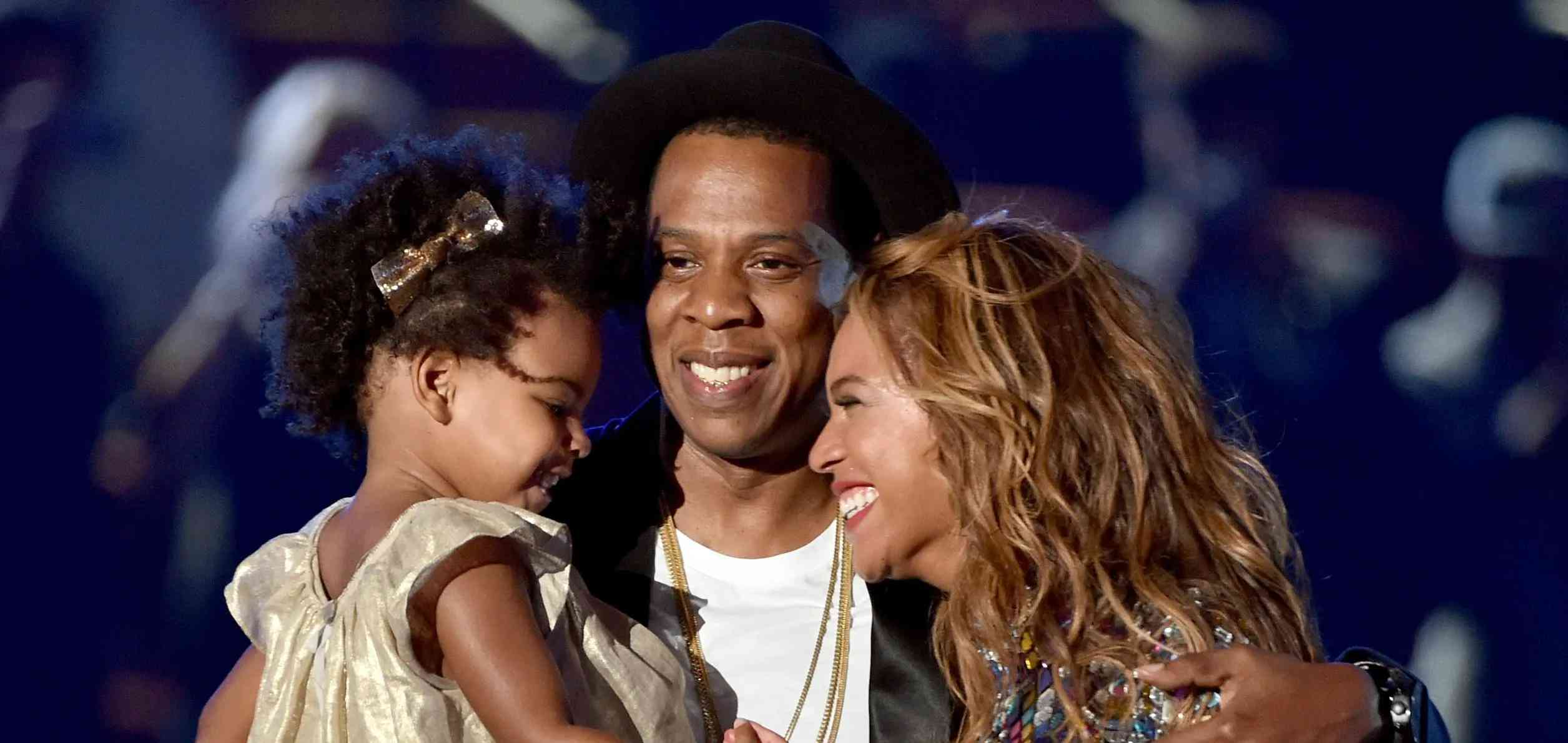 beyonc 233 gives birth to twins with jay z e news 1