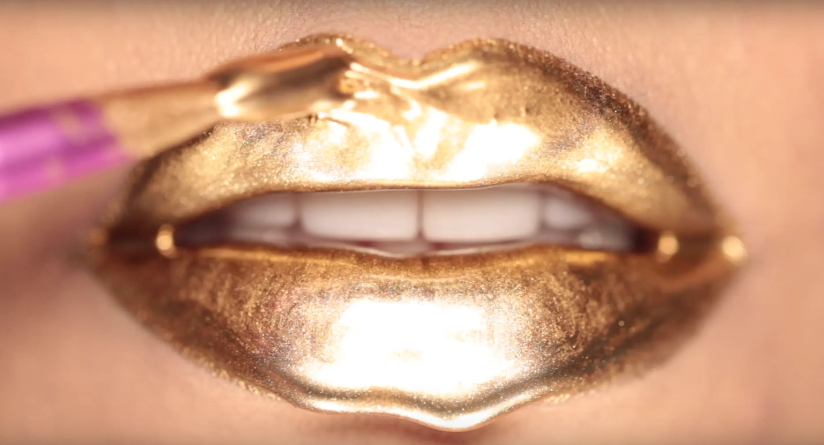 Beautiful Girl Lips Wallpaper This Mesmerizing Video Reveals How Those Drippy Lips On