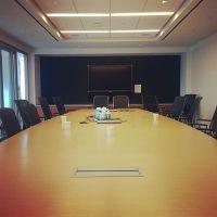 Meeting Room... - Ogilvy & Mather Office Photo | Glassdoor