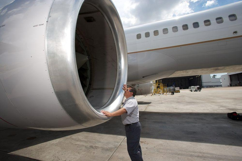 Maintenance  Technical Opera - United Airlines Office Photo
