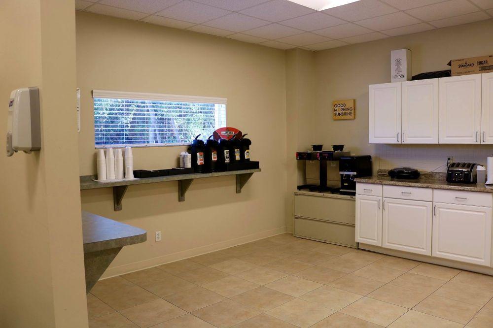 Kitchen - Credit Control Office Photo Glassdoor