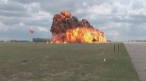 Archive:  CF-18 crashes and explodes during practice for Lethbridge air show (July 2010)